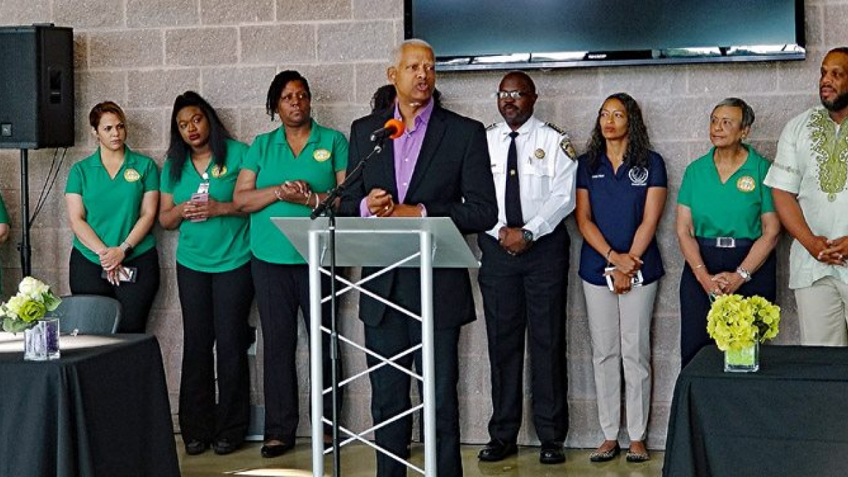 Congressman Johnson kicks off a busy day of District work on Saturday, June 9.